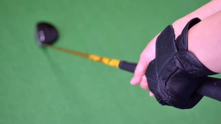 ゴルフ初心者が知っておくべきグリップの握り方