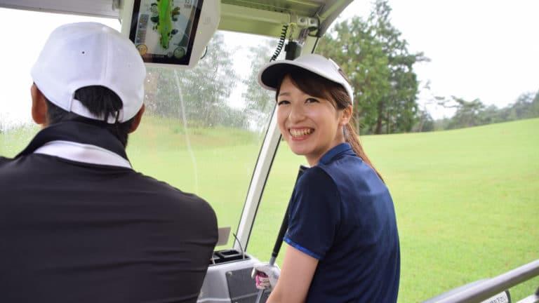 初心者必見!ゴルフに適した服装とは?男女別にポイントを紹介