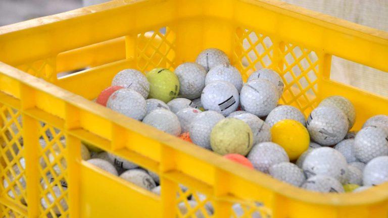 2万球でステップアップ!初心者がゴルフを上達するための練習方法