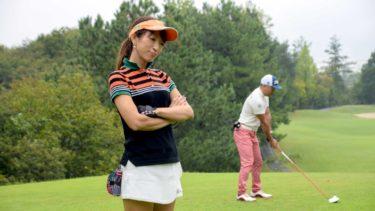 女性がゴルフで100 切りを達成するためのクラブのセッティング